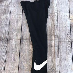 Nike capris size medium